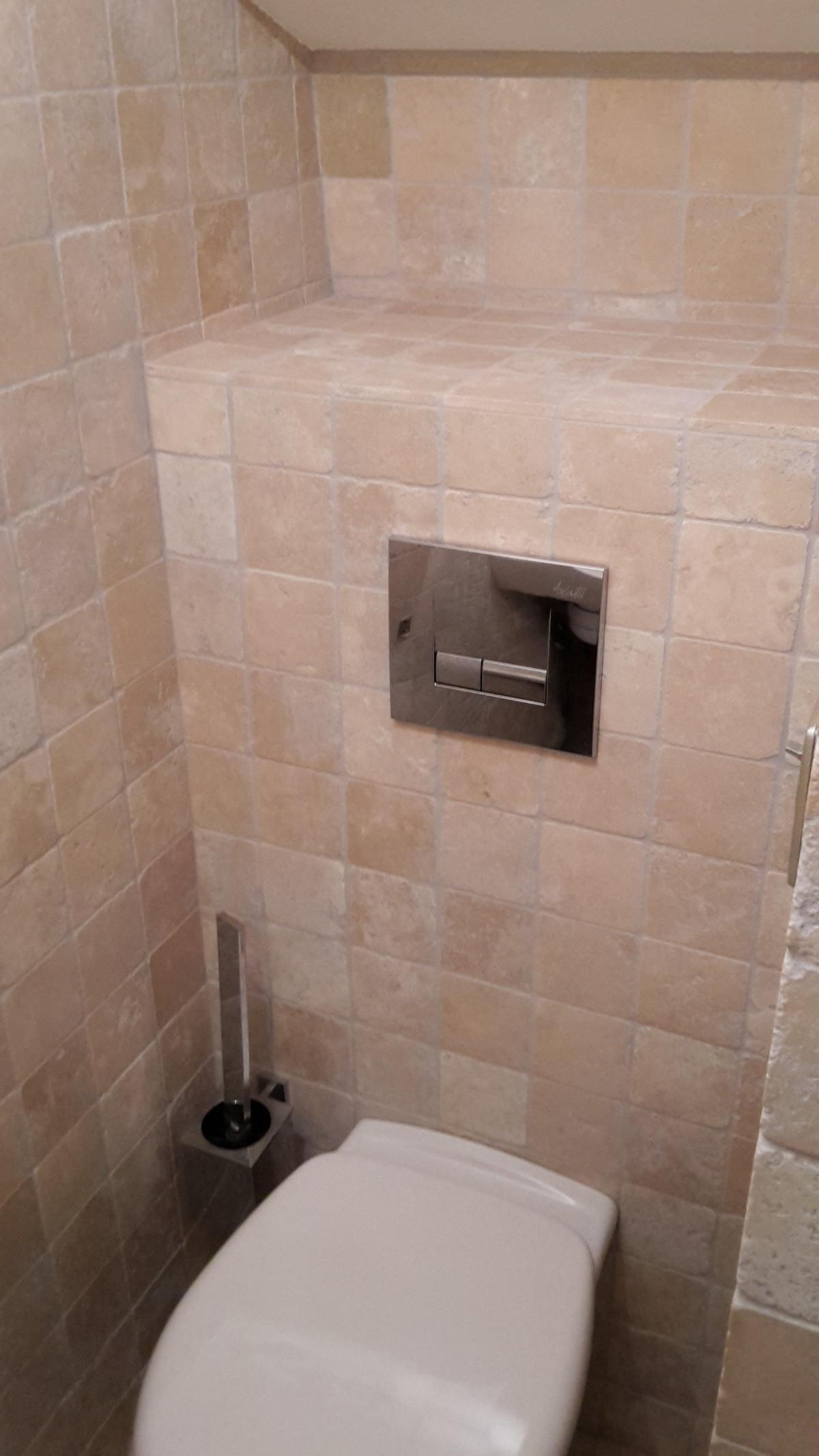 Pose faïence wc
